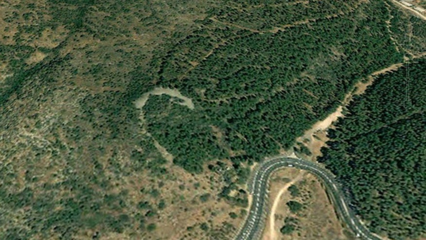 israel-stone-monument-1