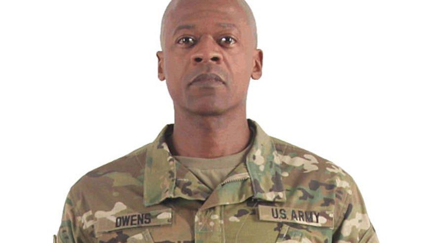 Army Uniform Regulations Acu 70