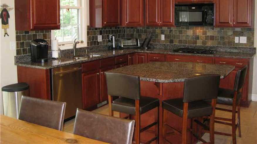 Bylsma-kitchen-0706c1710122e410VgnVCM100000d7c1a8c0____