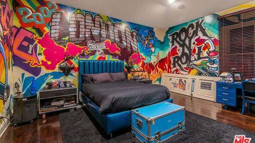 Grafitti-Room-slash-a2b5c1710122e410VgnVCM100000d7c1a8c0____