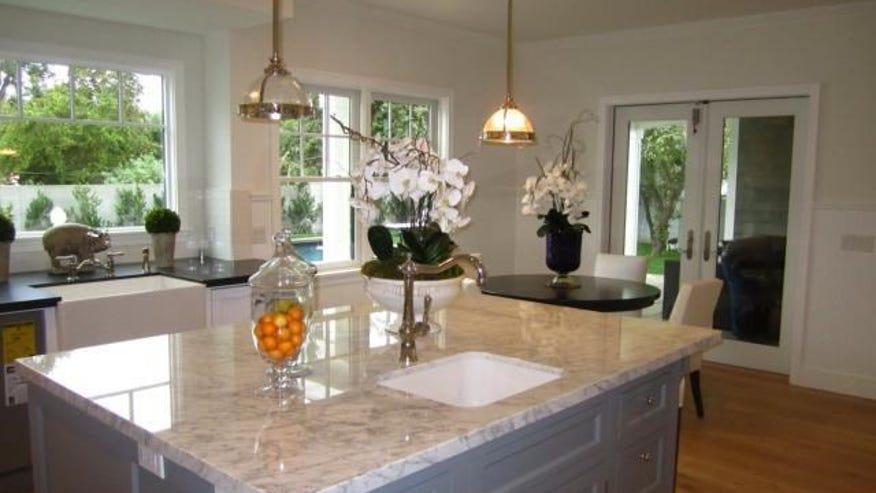Owens-kitchen-380bd58f9d22e410VgnVCM100000d7c1a8c0____