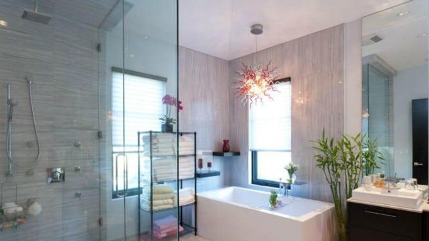 many-bathroom-debad58f9d22e410VgnVCM100000d7c1a8c0____