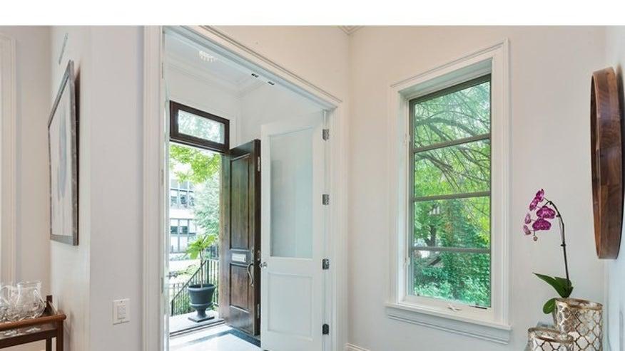 Open-Front-Door-0b487f94e252e410VgnVCM100000d7c1a8c0____
