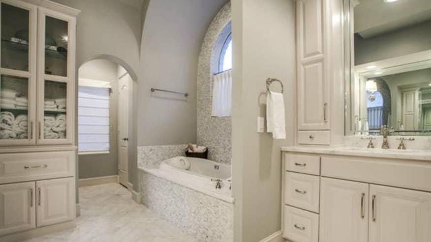 horcoff-bathroom-6727c05d2c54e410VgnVCM100000d7c1a8c0____