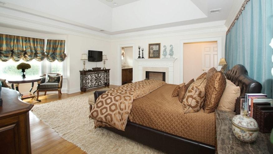 Cotchery-Bedroom-32f71fbfcbf4e410VgnVCM100000d7c1a8c0____