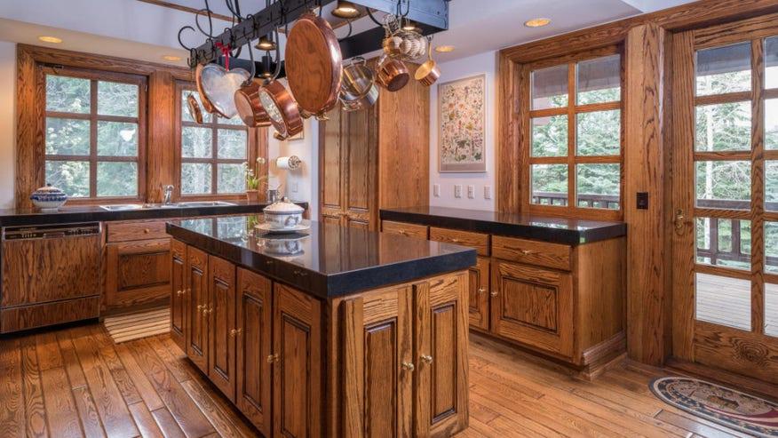 kitchen3-1024x683-8bf0092e1947e410VgnVCM100000d7c1a8c0____