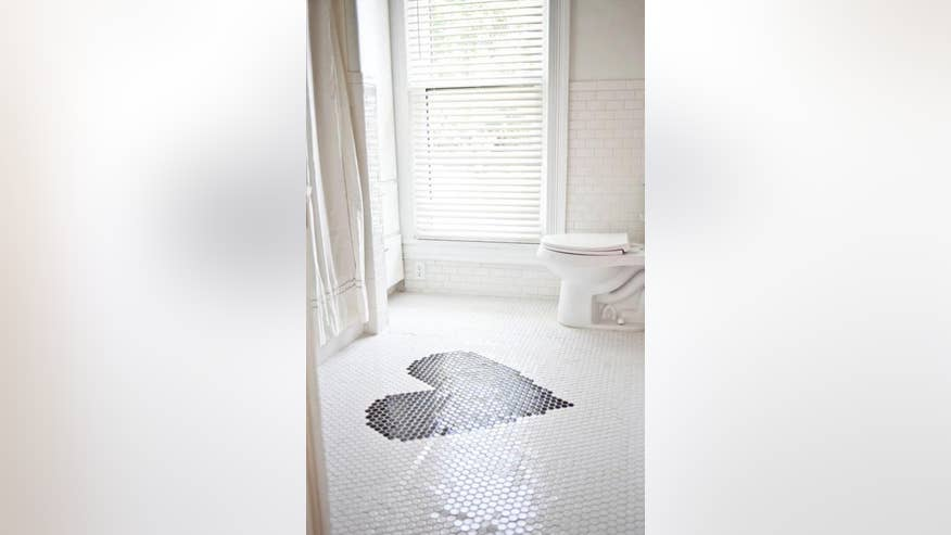 bathroom1-0ae1eabe2a97e410VgnVCM100000d7c1a8c0____