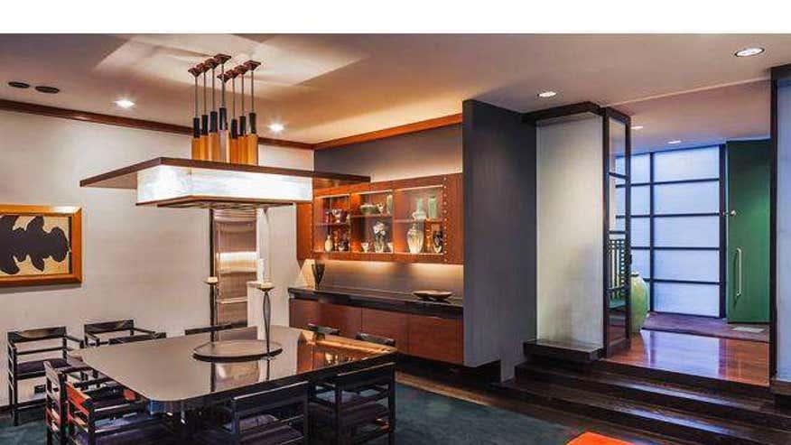 bruckheimer-dining-room-77c603746288e410VgnVCM100000d7c1a8c0____