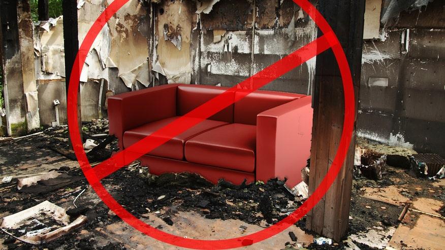 fire-couch-71d9d597d3f9e410VgnVCM100000d7c1a8c0____