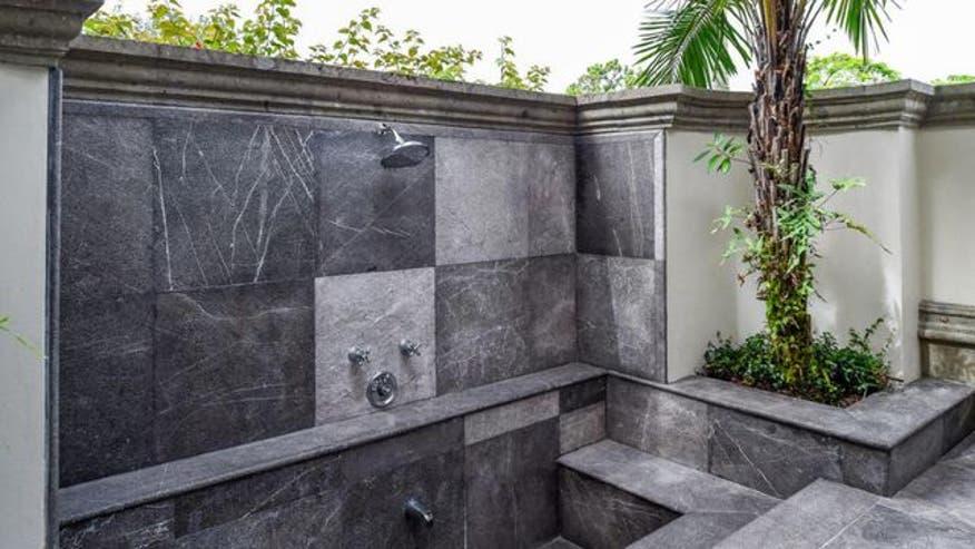 shower1-b13ad597d3f9e410VgnVCM100000d7c1a8c0____
