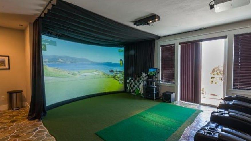 vancouver-indoor-golf-e143836553494-a0749d8123fee410VgnVCM200000d6c1a8c0____