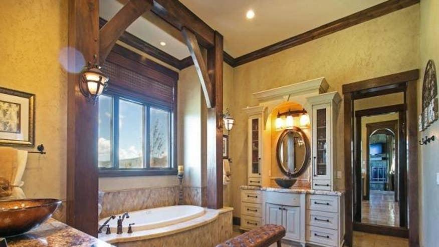 cormier-bathroom-86d59808447fe410VgnVCM100000d7c1a8c0____