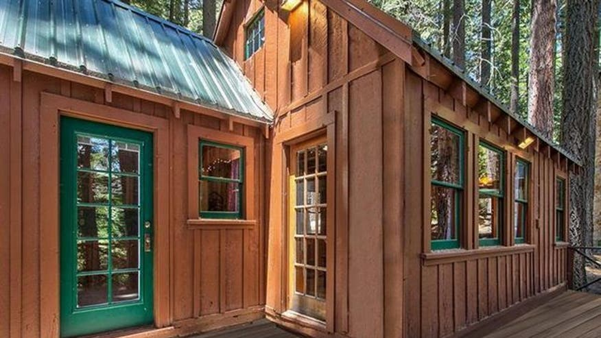 Tiny-house-view-strawberry-926bf58b13ffe410VgnVCM100000d7c1a8c0____