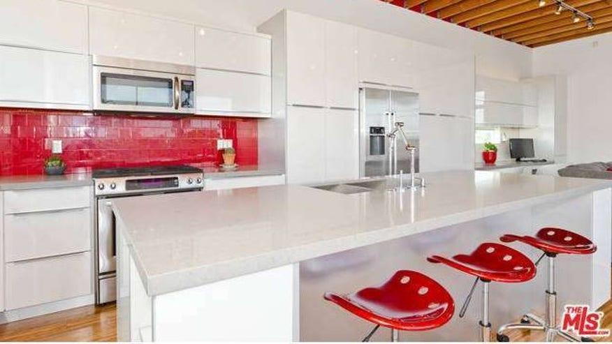 Cooper-kitchen-e1438810772251-e9f7eccd0720f410VgnVCM100000d7c1a8c0____