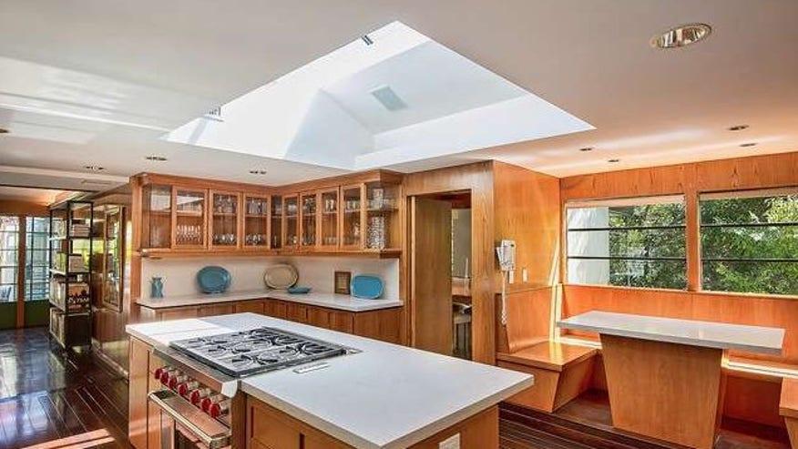 warwick-Evans-kitchen-e143899032451-afc04f8c5591f410VgnVCM100000d7c1a8c0____