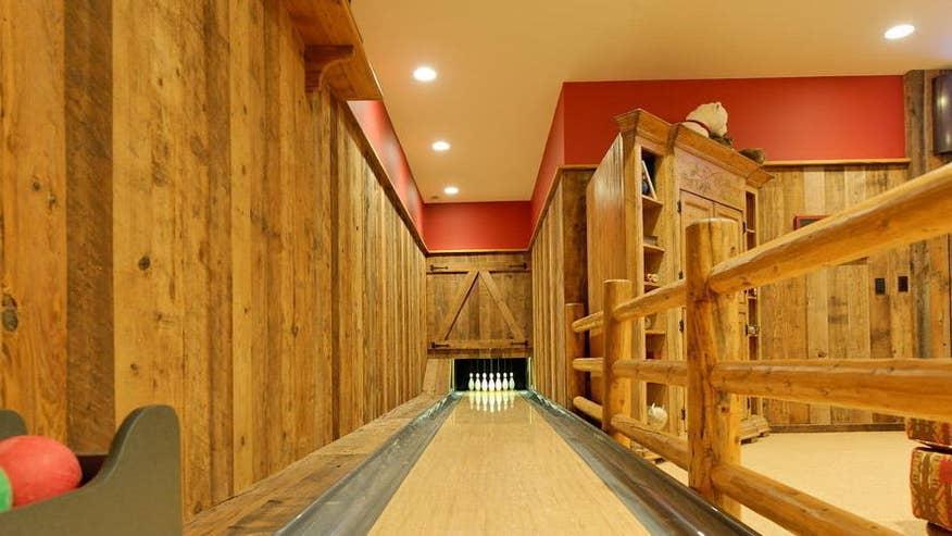 bowling-d0eda5734a14f410VgnVCM100000d7c1a8c0____