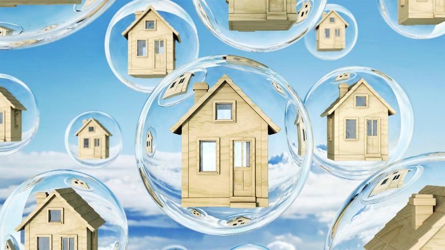 housing-bubbles-0e899443a004f410VgnVCM100000d7c1a8c0____