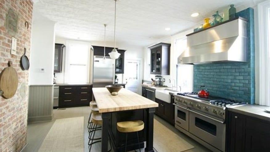 michaelson-kitchen-e1441923241469-4d5641ce0fbbf410VgnVCM100000d7c1a8c0____