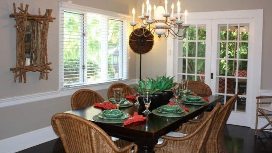 tomey-dining-room-e1442259139687-fe08faeb57dcf410VgnVCM100000d7c1a8c0____