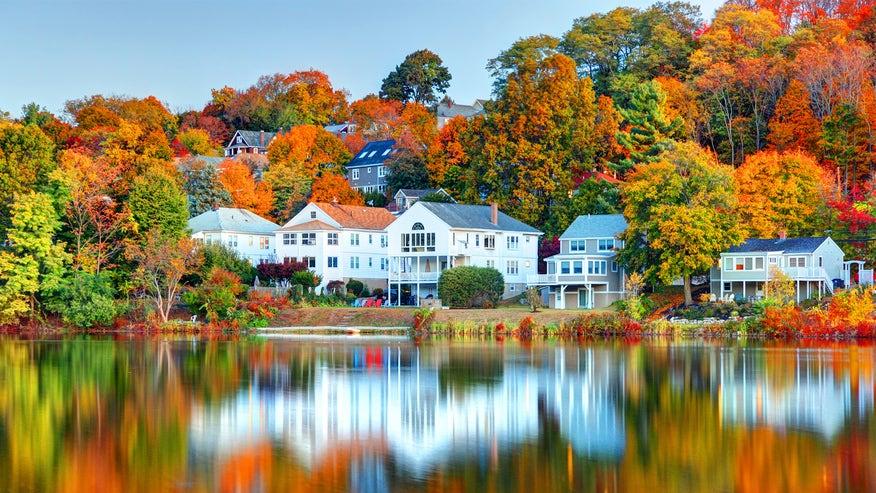 autumn-homes-9a37fa4634eef410VgnVCM100000d7c1a8c0____