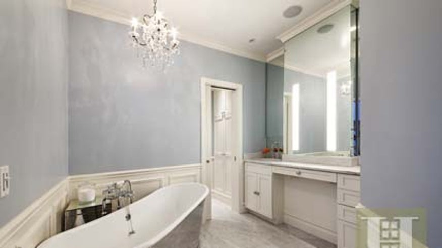 chastain-bathroom-6f62ec937dbff410VgnVCM100000d7c1a8c0____