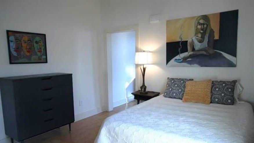 treme-bedroom-e1443548404687-1465b67c30a10510VgnVCM100000d7c1a8c0____