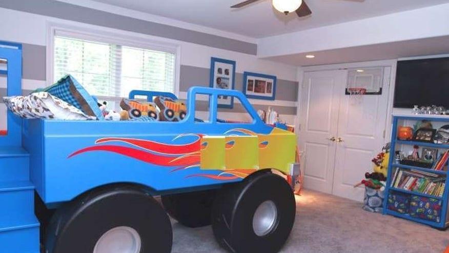 Lowry-truck-e1443563136871-f3d40bb4e6a10510VgnVCM200000d6c1a8c0____