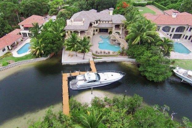 Pga Star Dustin Johnson Buys Ultraluxe Home In Palm Beach Gardens Fox News