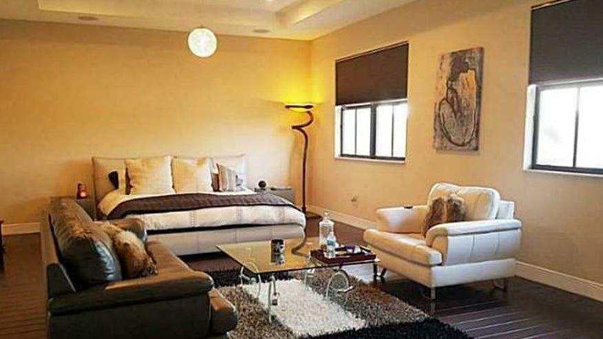 T-Plush-Bedroom1-e1445562301797-e38db6c97e490510VgnVCM100000d7c1a8c0____