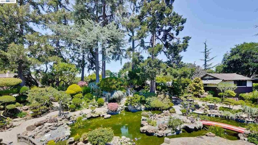 Garden-and-Pond-438fe5bd30ac0510VgnVCM100000d7c1a8c0____