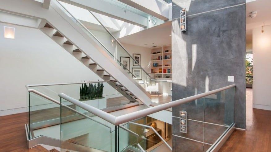 firehouse-stairs-e1447106772489-063d136035ee0510VgnVCM100000d7c1a8c0____