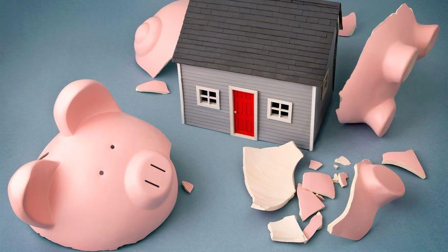 broken-piggy-bank-house-fa9c6b1605b11510VgnVCM200000d6c1a8c0____