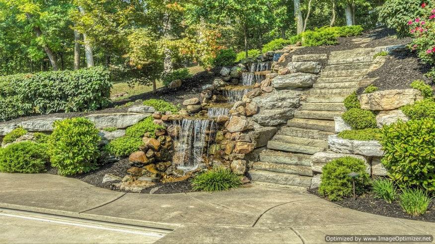 Waterfall-6b459fdbb6431510VgnVCM100000d7c1a8c0____