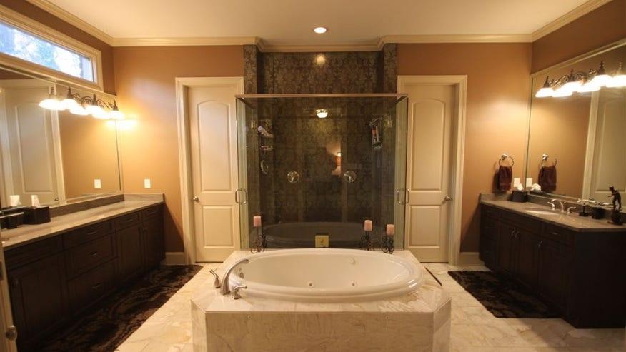fuente-bathroom-1024x682-a9b7f3b1ebd81510VgnVCM100000d7c1a8c0____