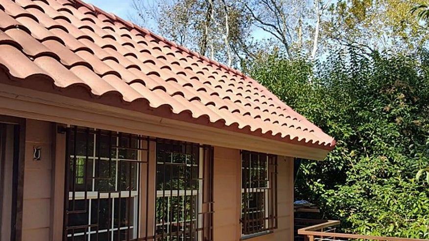 Tile-Roof-e1449866251734-74c980dfec1a1510VgnVCM100000d7c1a8c0____