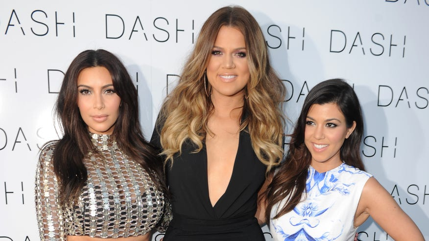 Kardashian-Sisters-e1450466432847-3b8b6ed0d27b1510VgnVCM100000d7c1a8c0____