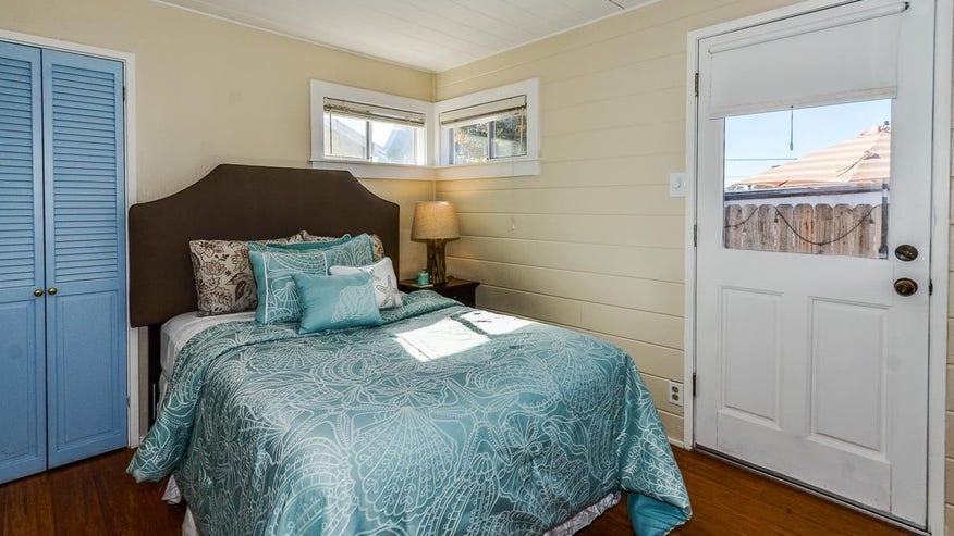 Bedroom-e1452121785451-c7ad04b4c3c12510VgnVCM100000d7c1a8c0____