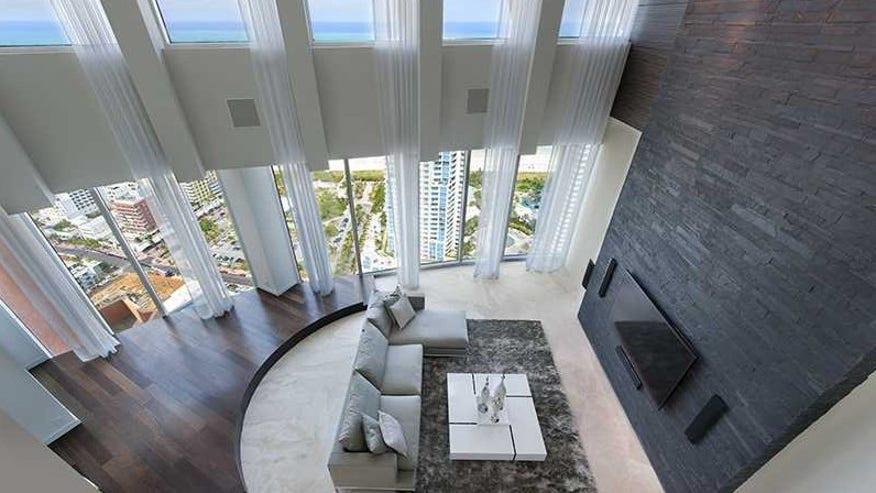 sergio-living-room-e1452715391593-73a5ec3228c32510VgnVCM100000d7c1a8c0____