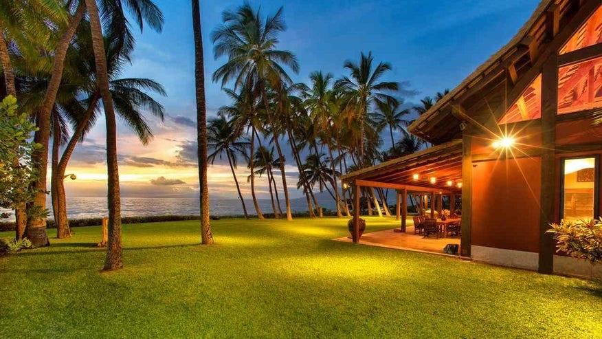 Richard-Donners-Hawaiian-Hideaway-e-bc68734b29242510VgnVCM100000d7c1a8c0____
