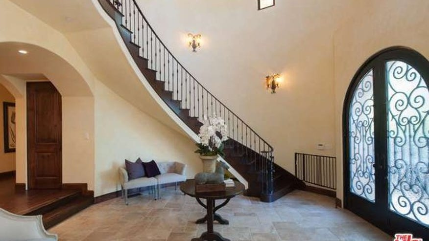 Foyer Area News : Rent ex nba star earl watson s encino home for k a