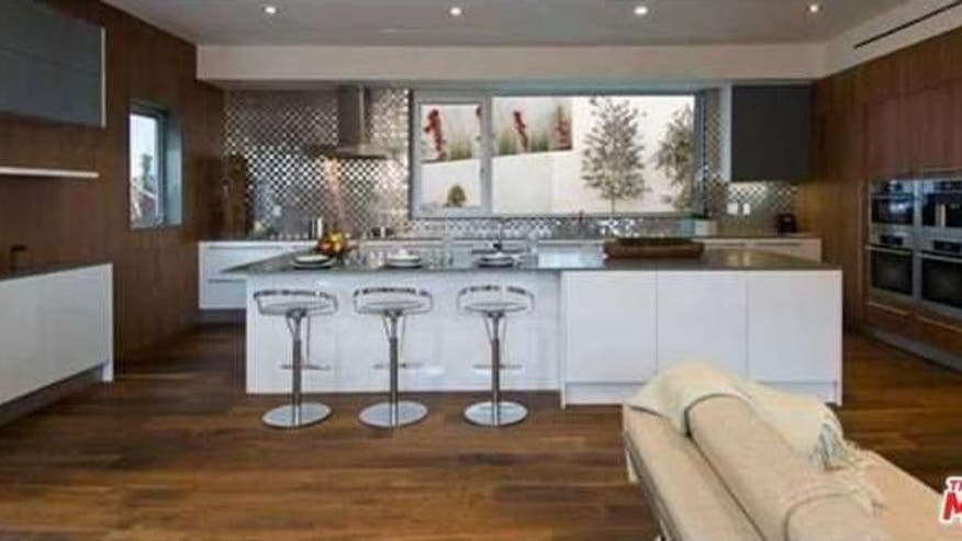 High-End-Kitchen-8d11803f2bd13510VgnVCM100000d7c1a8c0____
