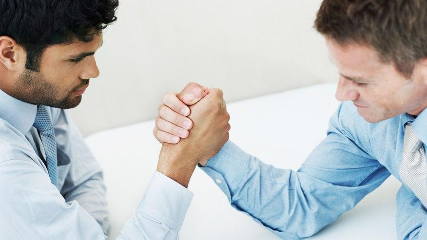 arm-wrestling-negotiation-9672cec2ec533510VgnVCM100000d7c1a8c0____