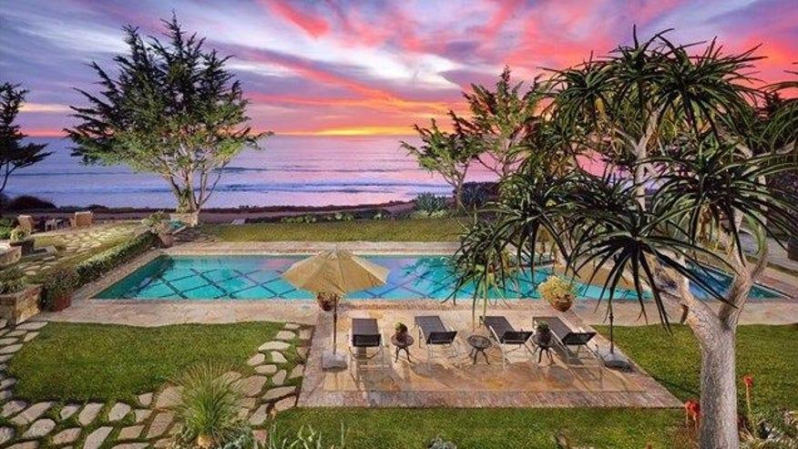 Pool-and-Ocean-Views-e1458331774830-a0947d1082b83510VgnVCM100000d7c1a8c0____