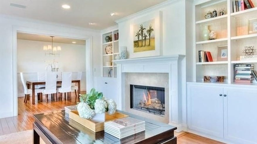 Living-and-Dining-Rooms-e1458589813-be85294d2aa93510VgnVCM100000d7c1a8c0____