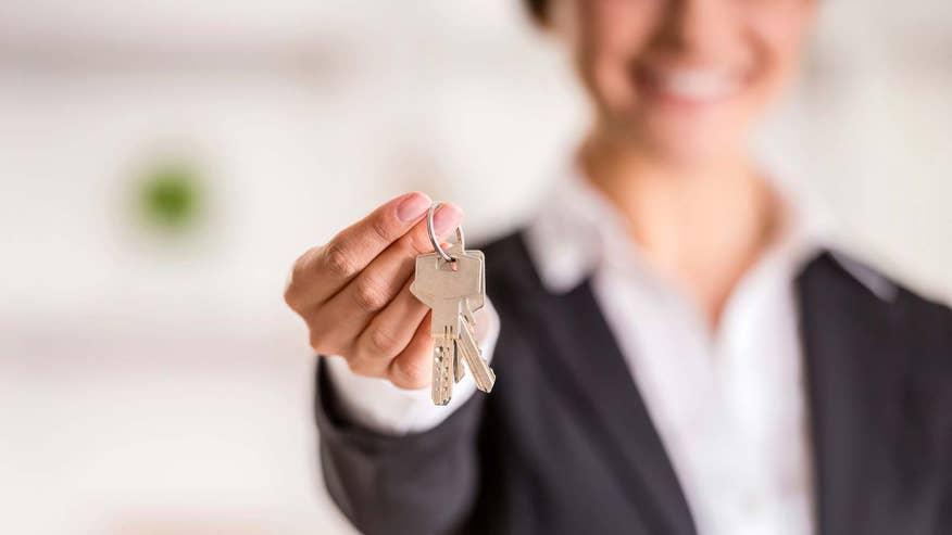 landlord-keys-152d354d66fa3510VgnVCM100000d7c1a8c0____