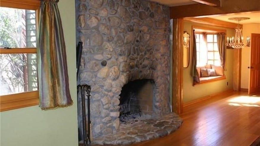 Nash-fireplace-e1459540195798-ee05dc7dc53d3510VgnVCM100000d7c1a8c0____