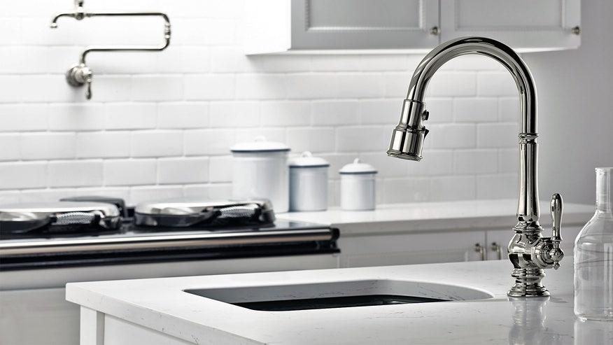 kitchen-sink-island-25ea141e3cf34510VgnVCM100000d7c1a8c0____