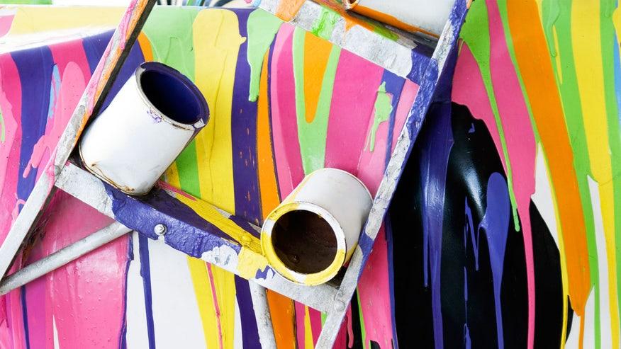 messy-paint-e559081513044510VgnVCM100000d7c1a8c0____