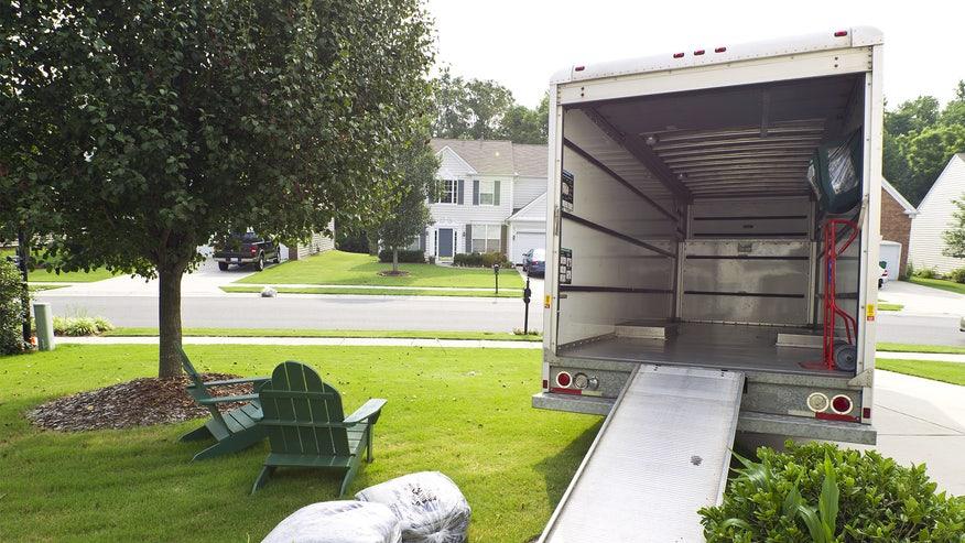 moving-van-expenses-53ef7c83ffe34510VgnVCM100000d7c1a8c0____