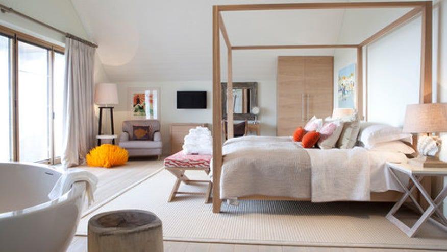 rug-bedroom-e1460396753574-e592141e3cf34510VgnVCM100000d7c1a8c0____